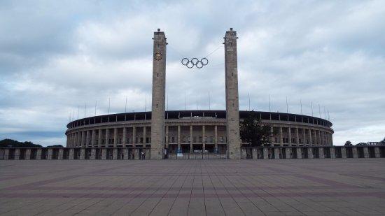 berlin-olympic-stadium (1)